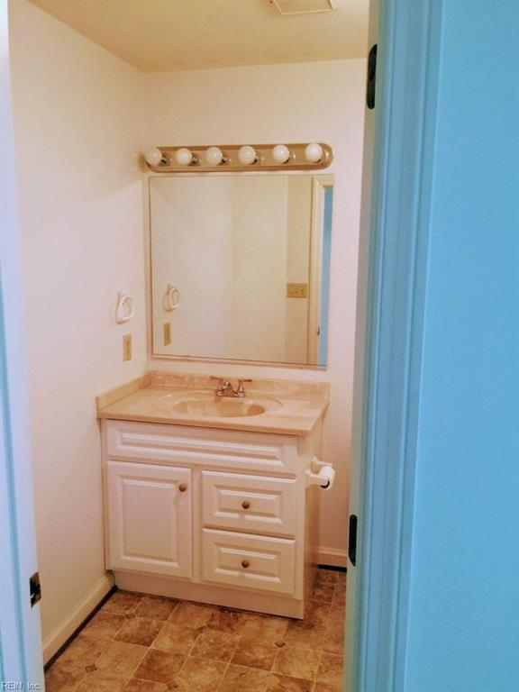 Photo 3 of 405 Hidden Shores CT, Unit 102, Virginia Beach, VA  23454,