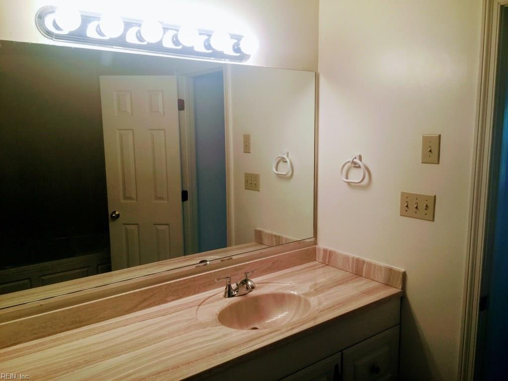Photo 7 of 405 Hidden Shores CT, Unit 102, Virginia Beach, VA  23454,