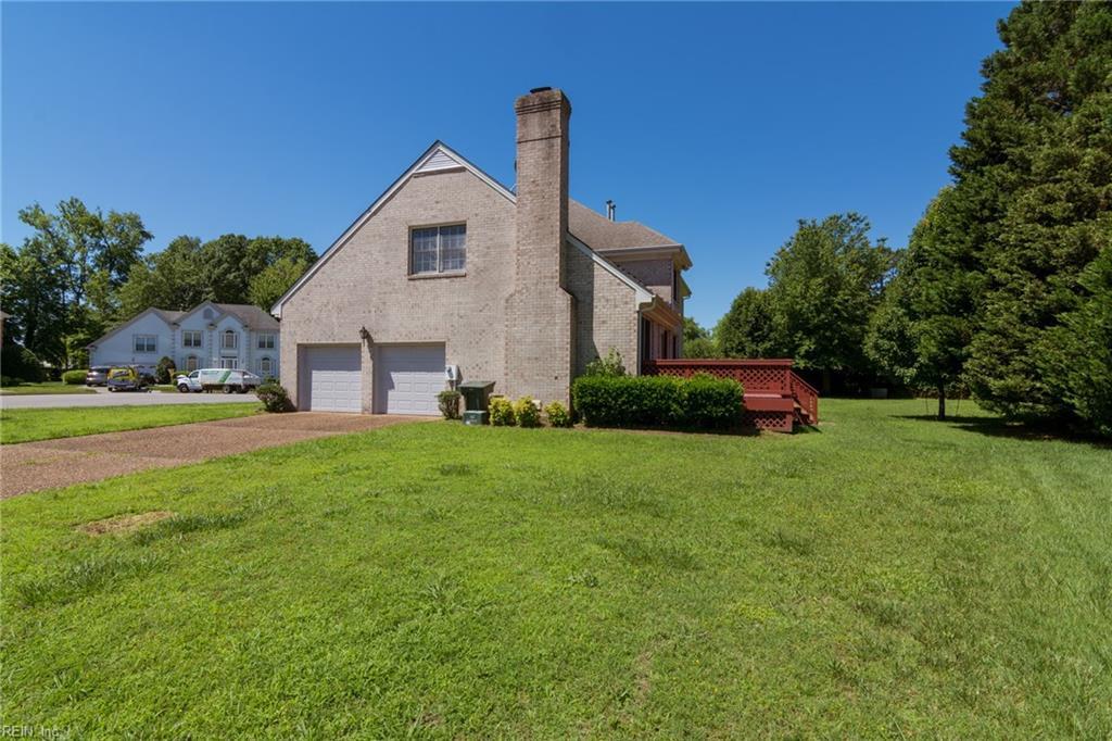 Hampton Ct Property Search