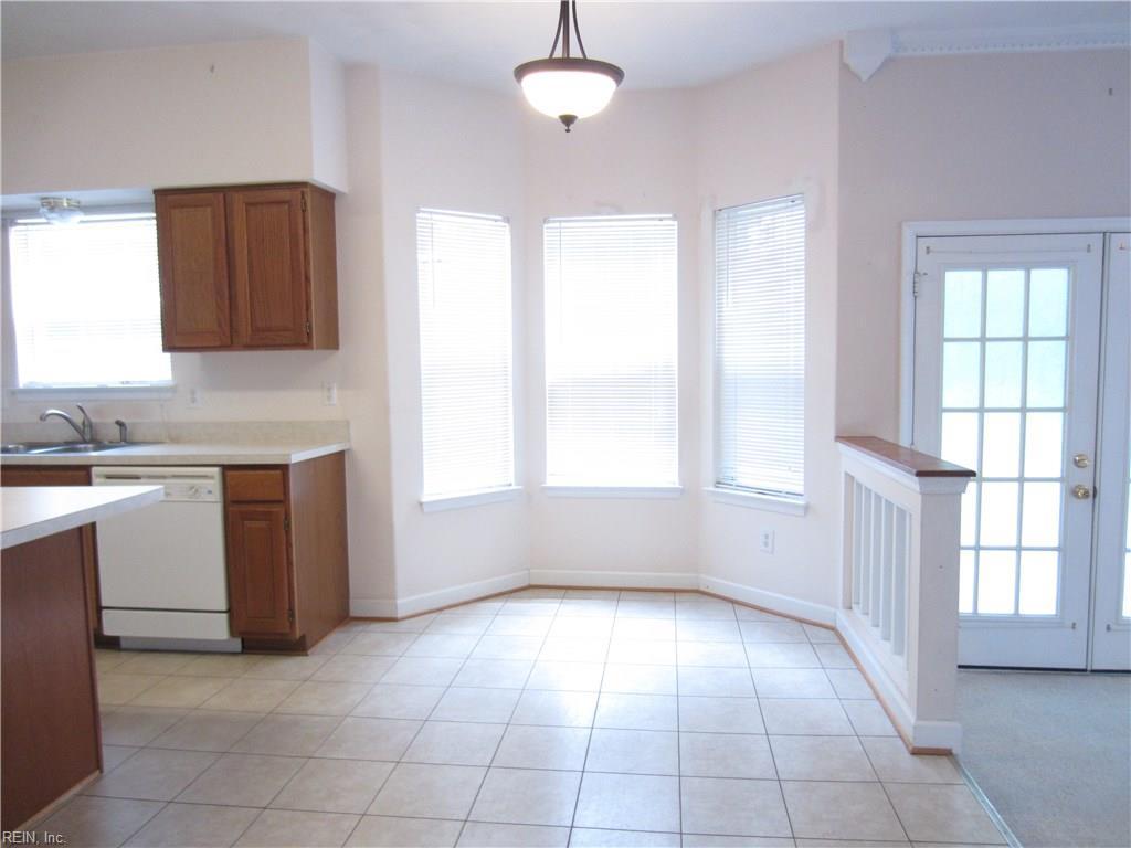 Photo 3 of 312 Oak Ridge DR, Newport News, VA  23603,