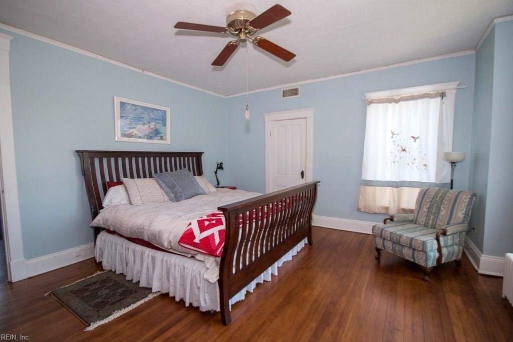 Photo 21 of 4605 Victoria BLVD, Hampton, VA  23669,