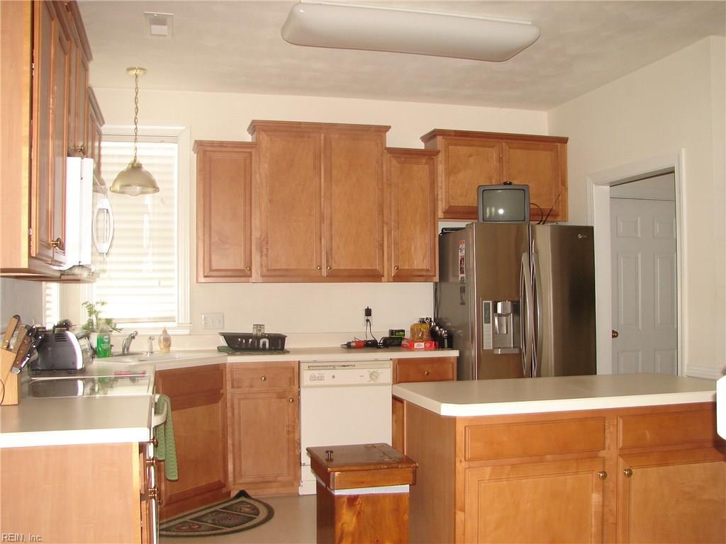 Photo 8 of 3321 Daystone ARCH, Chesapeake, VA  23323,