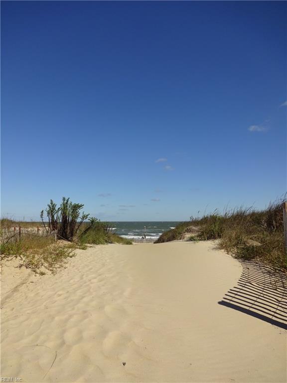 Photo 4 of 2100 E Ocean View AVE, Unit 30, Norfolk, VA  23518,