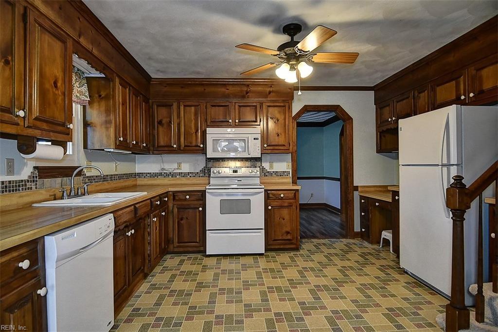 Photo 15 of 305 Appaloosa TRL, Chesapeake, VA  23323,