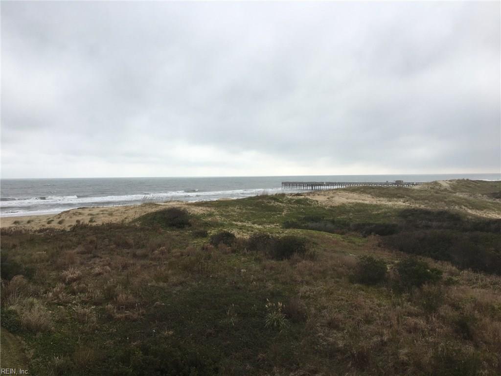 Photo of 3738 Sandpiper RD, B221, Virginia Beach, VA  23456,