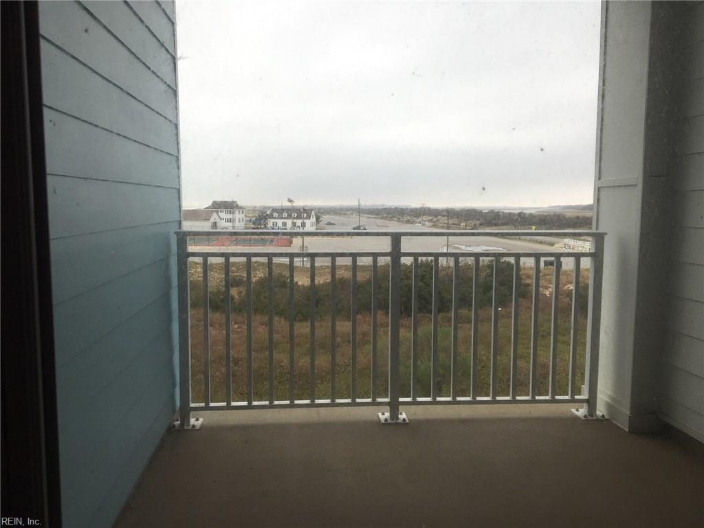 Photo 10 of 3738 Sandpiper RD, B221, Virginia Beach, VA  23456,