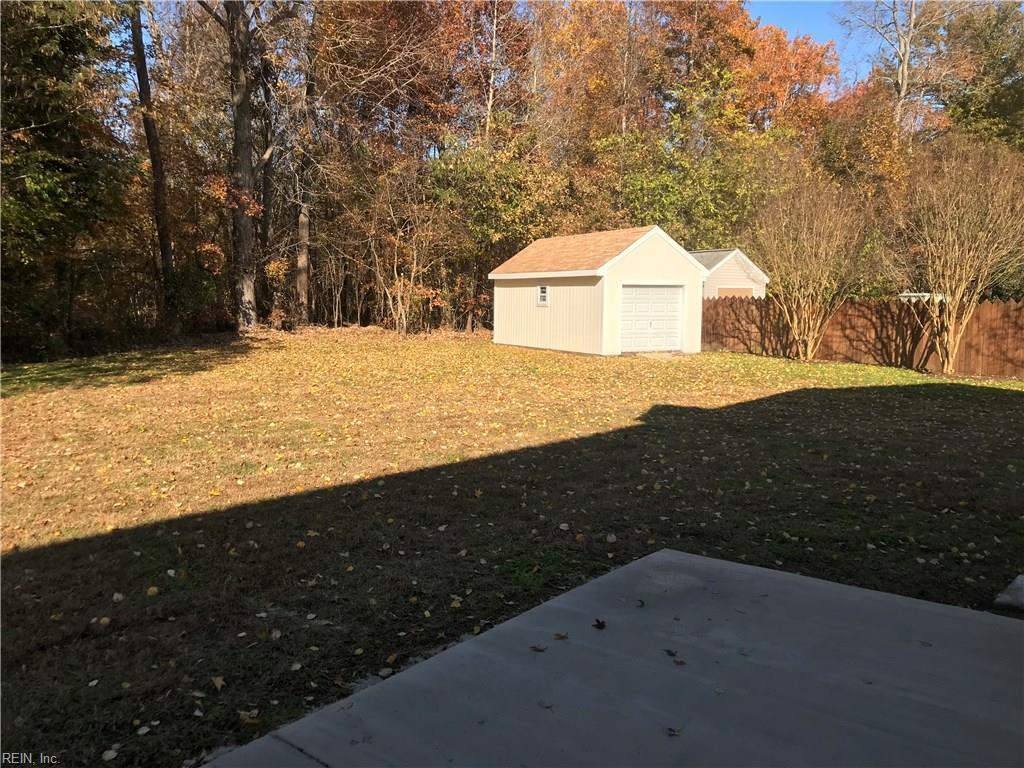 Photo 3 of 23091 Greenwood CT, Carrollton, VA  23314,