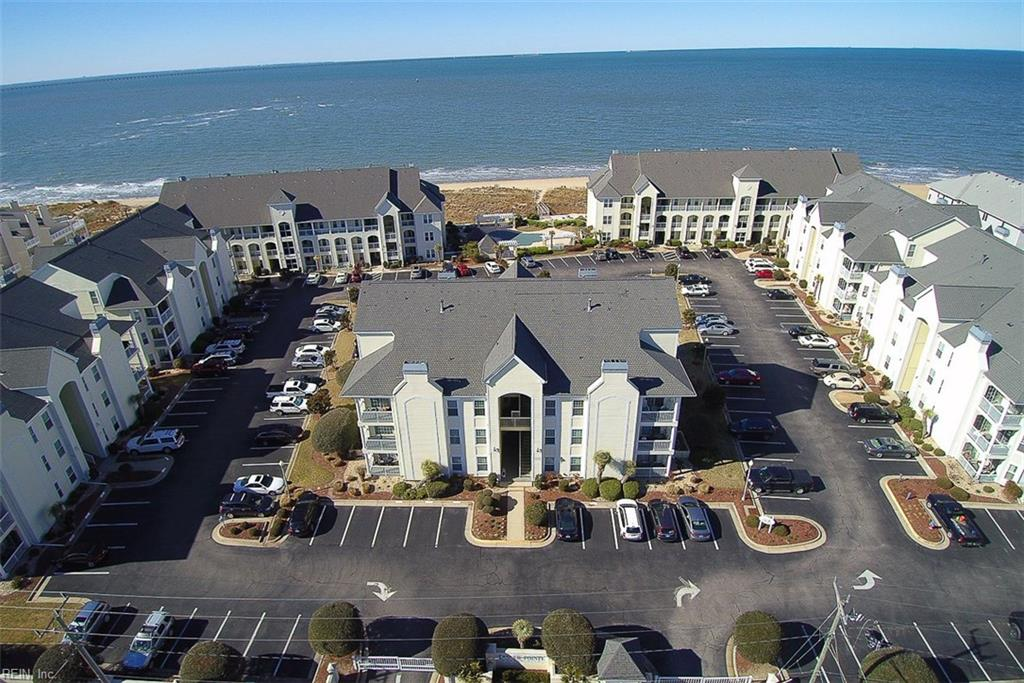 Photo 2 of 3159 Silver Sands CIR, Unit 300, Virginia Beach, VA  23451,