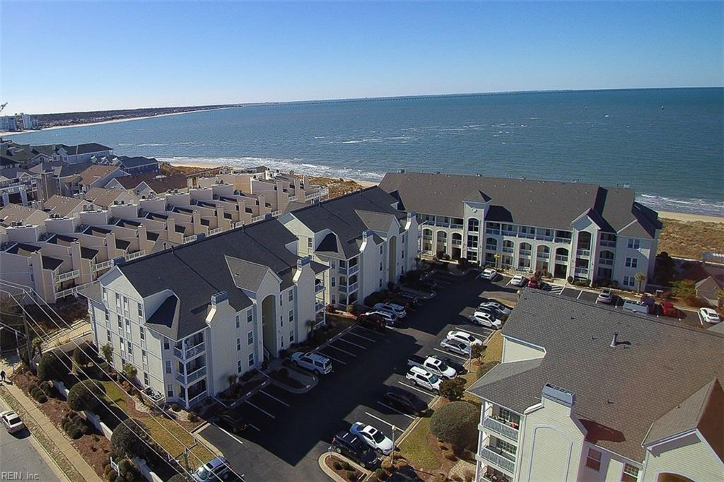 Photo 3 of 3159 Silver Sands CIR, Unit 300, Virginia Beach, VA  23451,