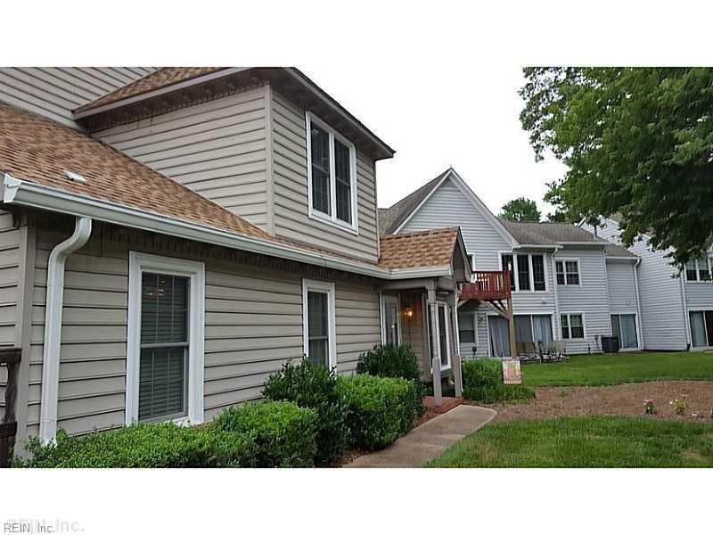 Photo 1 of 1317 Quail Creek HOLW, C, Chesapeake, VA  23320,