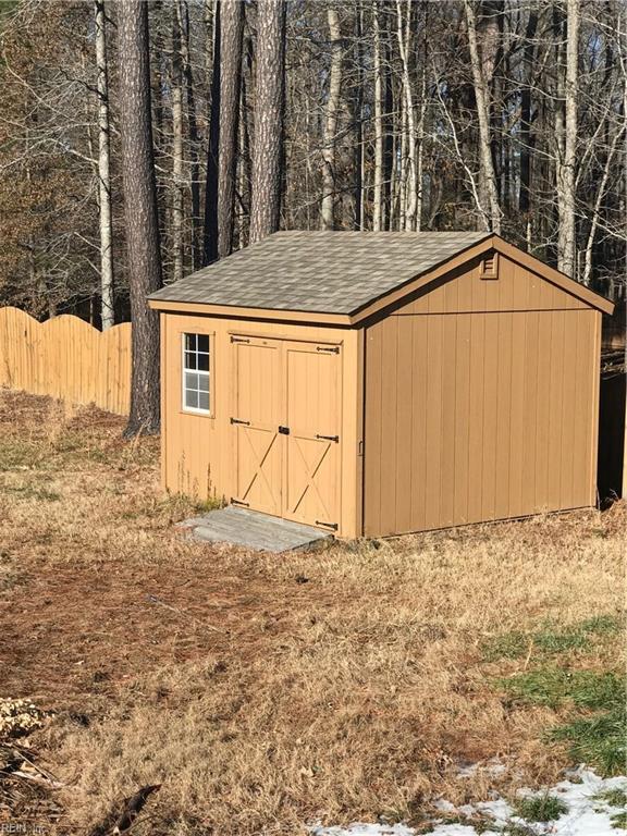 Photo 17 of 925 New Mill DR, Chesapeake, VA  23322,