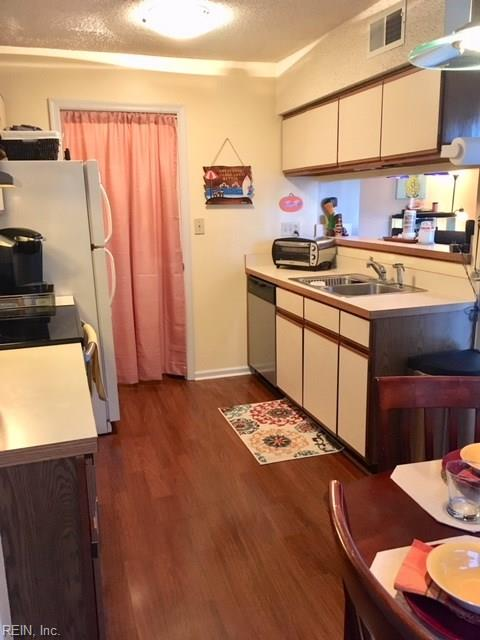 Photo 10 of 3505 Brigita CT, Virginia Beach, VA  23453,