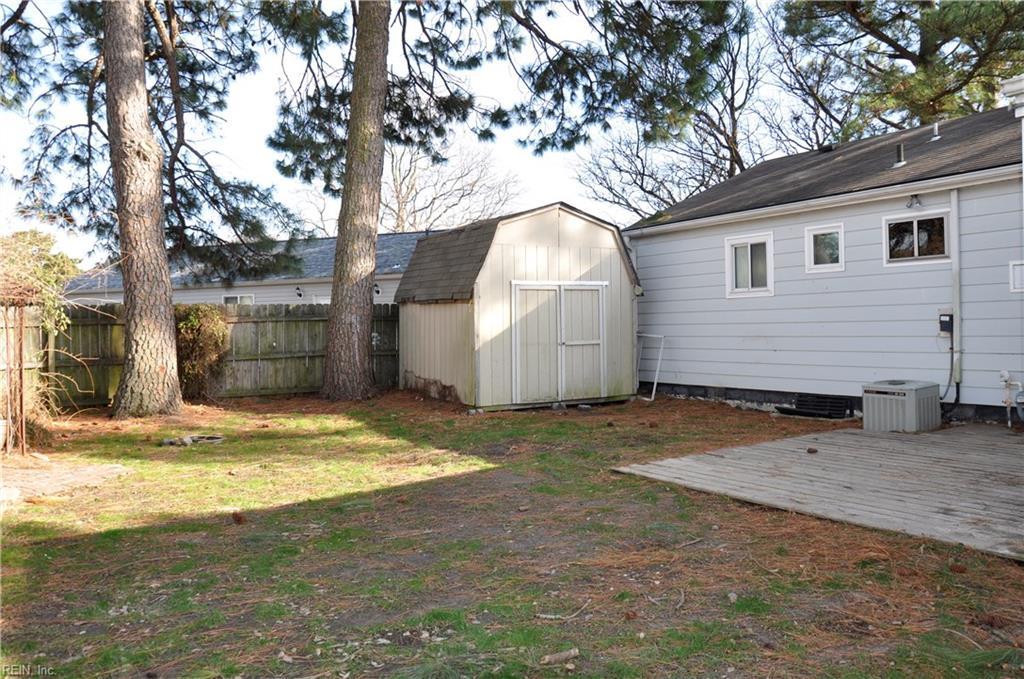 Photo 20 of 4937 Narragansett DR, Virginia Beach, VA  23462,
