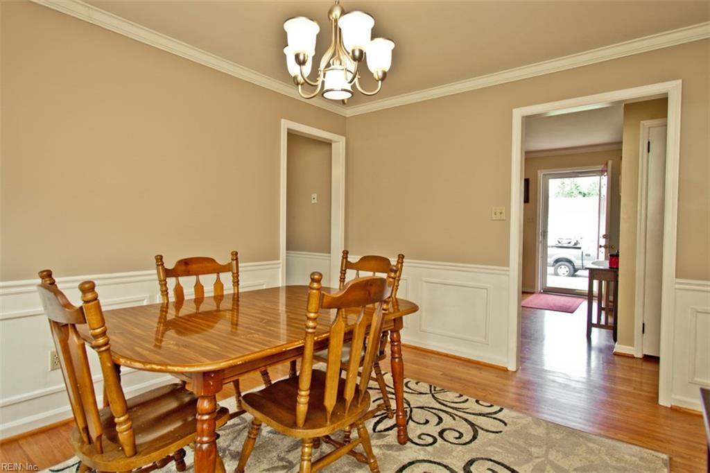 Photo 5 of 453 Dunmore DR, Newport News, VA  23602,