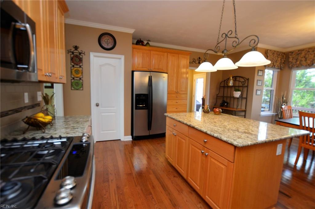 Photo 8 of 904 Calico CT, Chesapeake, VA  23322,