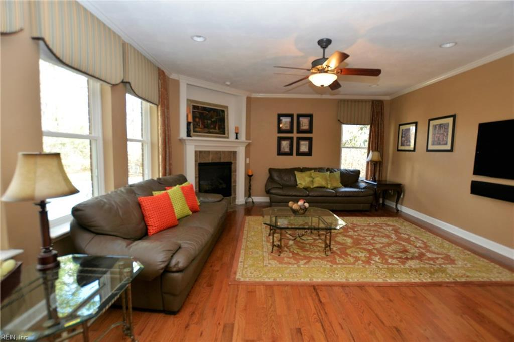 Photo 9 of 904 Calico CT, Chesapeake, VA  23322,