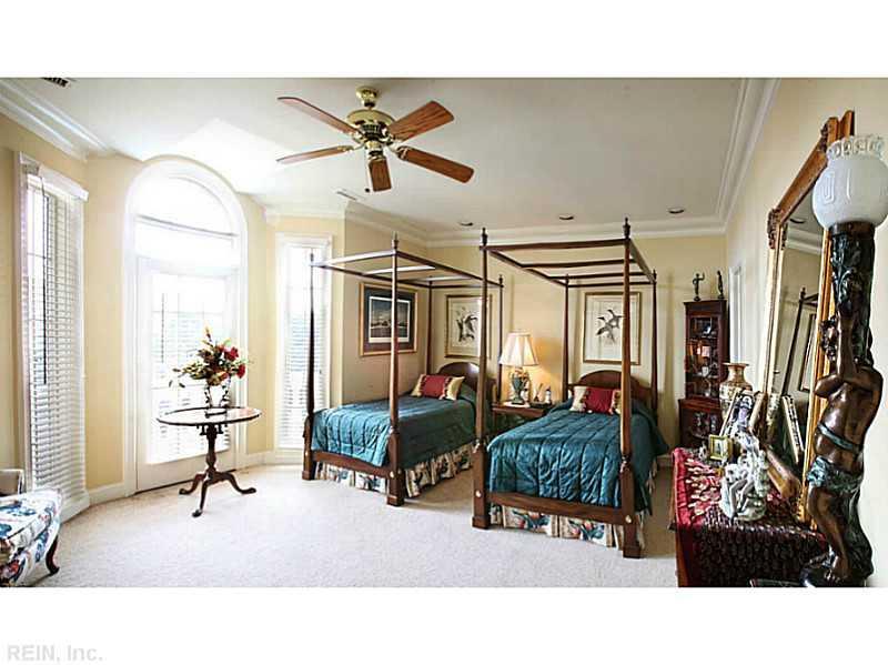 Photo 18 of 509 Virginia Dare DR, Virginia Beach, VA  23451,