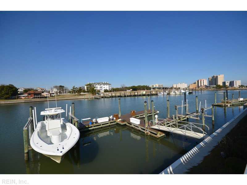 Photo 27 of 509 Virginia Dare DR, Virginia Beach, VA  23451,