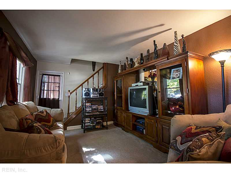 Photo 2 of 3805 Stratford RD, Hampton, VA  23669,