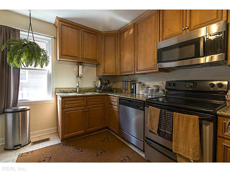 Photo 4 of 3805 Stratford RD, Hampton, VA  23669,